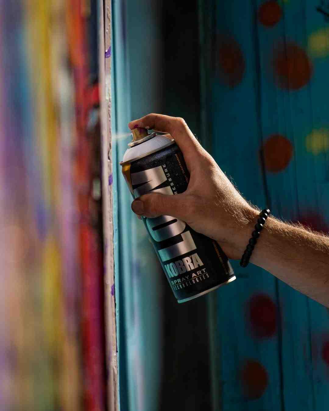 Comment accélérer le séchage de peinture en bombe
