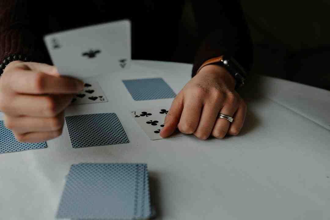 Jeux de cartes seul