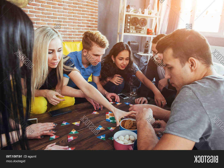 Jeux de société entre amis pour soirée